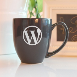 Mug WordPress pour s'hydrater en réalisant sa maintenance